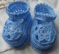 ANGEL SHOES 011.. BLUE THREAD CROCHET  BABY SHOES 0-3MTHS.