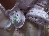 ANGEL SHOES 117..WHITE THREAD CROCHET BOOTIES FOR SMALL NEWBORN BABY.