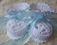 ANGEL SHOES 138..WHITE THREAD CROCHET BABY/CHRISTENING SHOES 0-3MTHS.