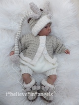 KNITTING PATTERN  KSB 87 ..  A LITTLE MAGIC (CHRISTMAS BABIES).FUN  SETS IN 3 SIZES.