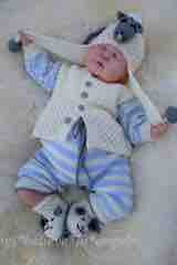 KNITTING PATTERN KSB..97 TO MAKE LAMBKIN'S, 4 PIECE OUTFIT AND COMFORTER