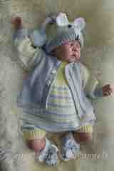KNITTING PATTERN KSB 99..... SWEETNESS AND LIGHT, ROMPER AND CARDIGAN SET IN 4 SIZES.