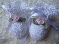 ANGEL SHOES 002..WHITE THREAD CROCHET CHRISTENING SHOES